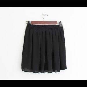 Brandy Melville Black Flowy Mini Skirt